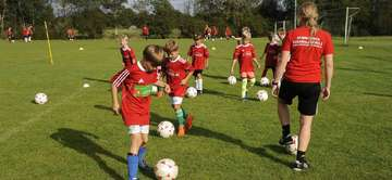 NFVFußballschule begeistert Nachwuchskicker in Fischerhude