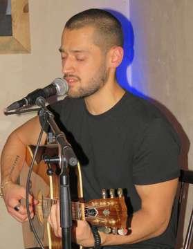 Finn präsentiert sein neues Album in Quelkhorn