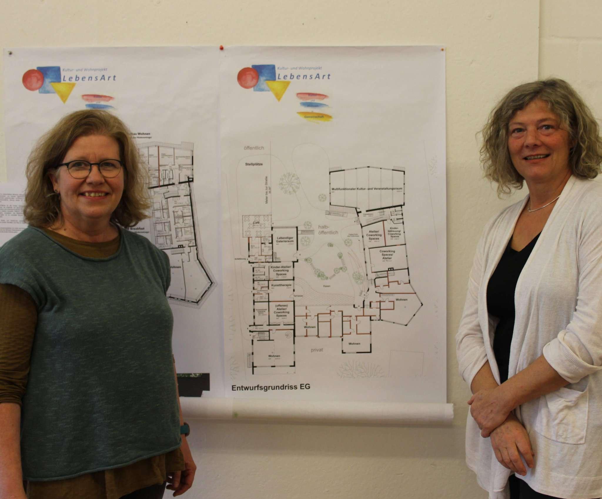 Haben große Pläne: Silvia Ingenfeld (links) und Christine Pockels stellen am 7. Dezember das Wohnprojekt