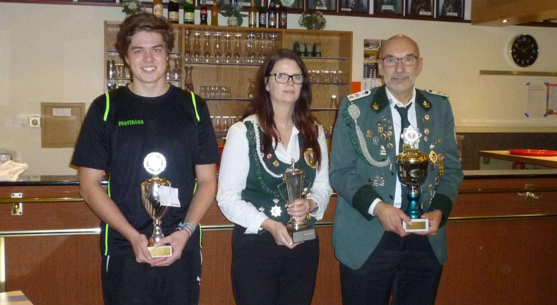 Mitglieder des Jahres beim SV Mühlentor (von links): Matthias Potrafke, Sonja Häfker und Rudi Meyer.
