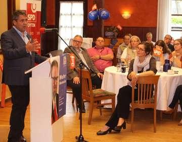 Sigmar Gabriel macht sich für Europa und die Kommunen stark