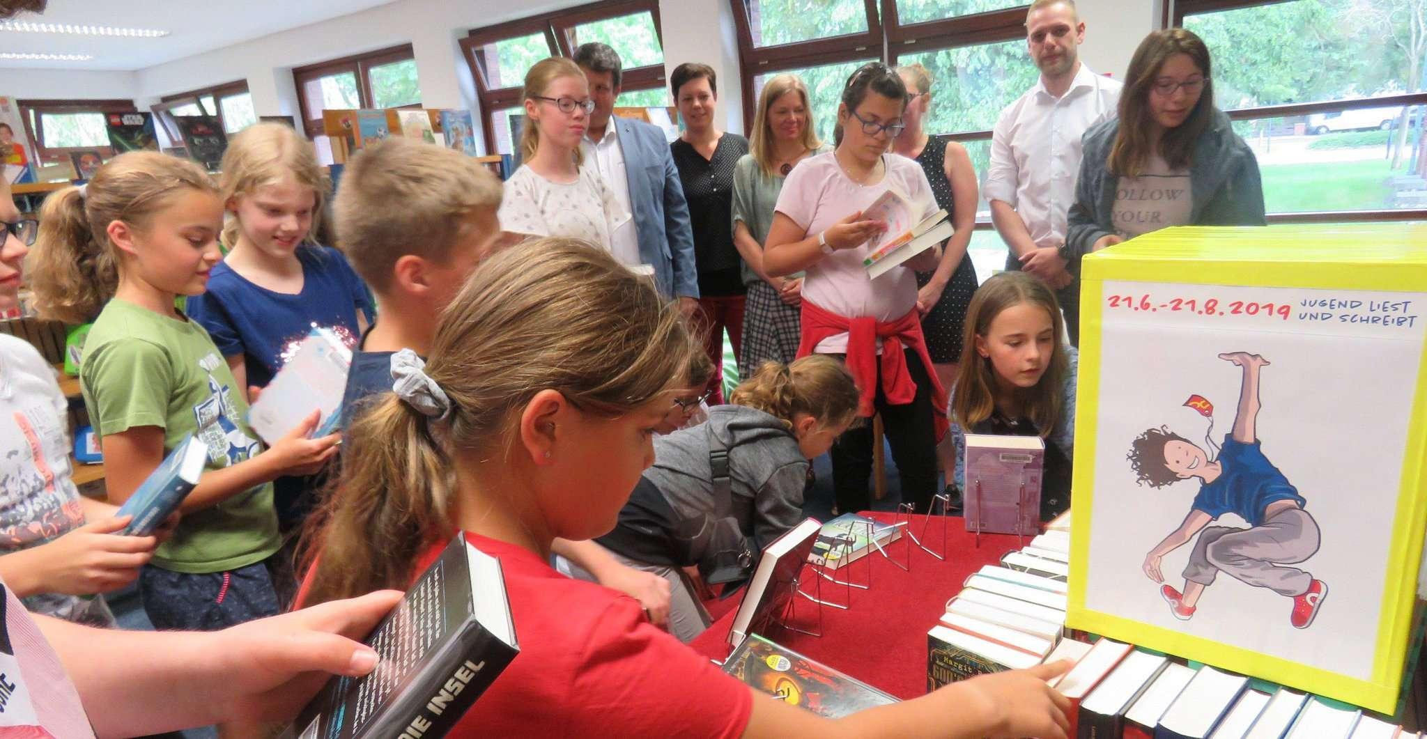 Der Run auf die neuen Bücher war in der Oytener Bücherei immens.  Foto: Elke Keppler-Rosenau