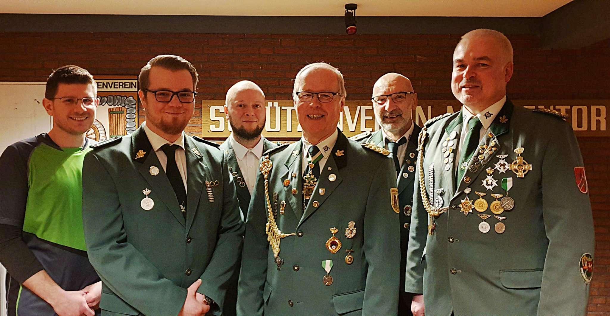 Der neue Vorstand der SSG Mühlentor-Oyten (von links): Sven Gold, Florian Radtke, Martin Lewartowicz, Johann Bollmann,Rudi Meyer und Gerhard Bischoff Fotos: Tobias Woelki