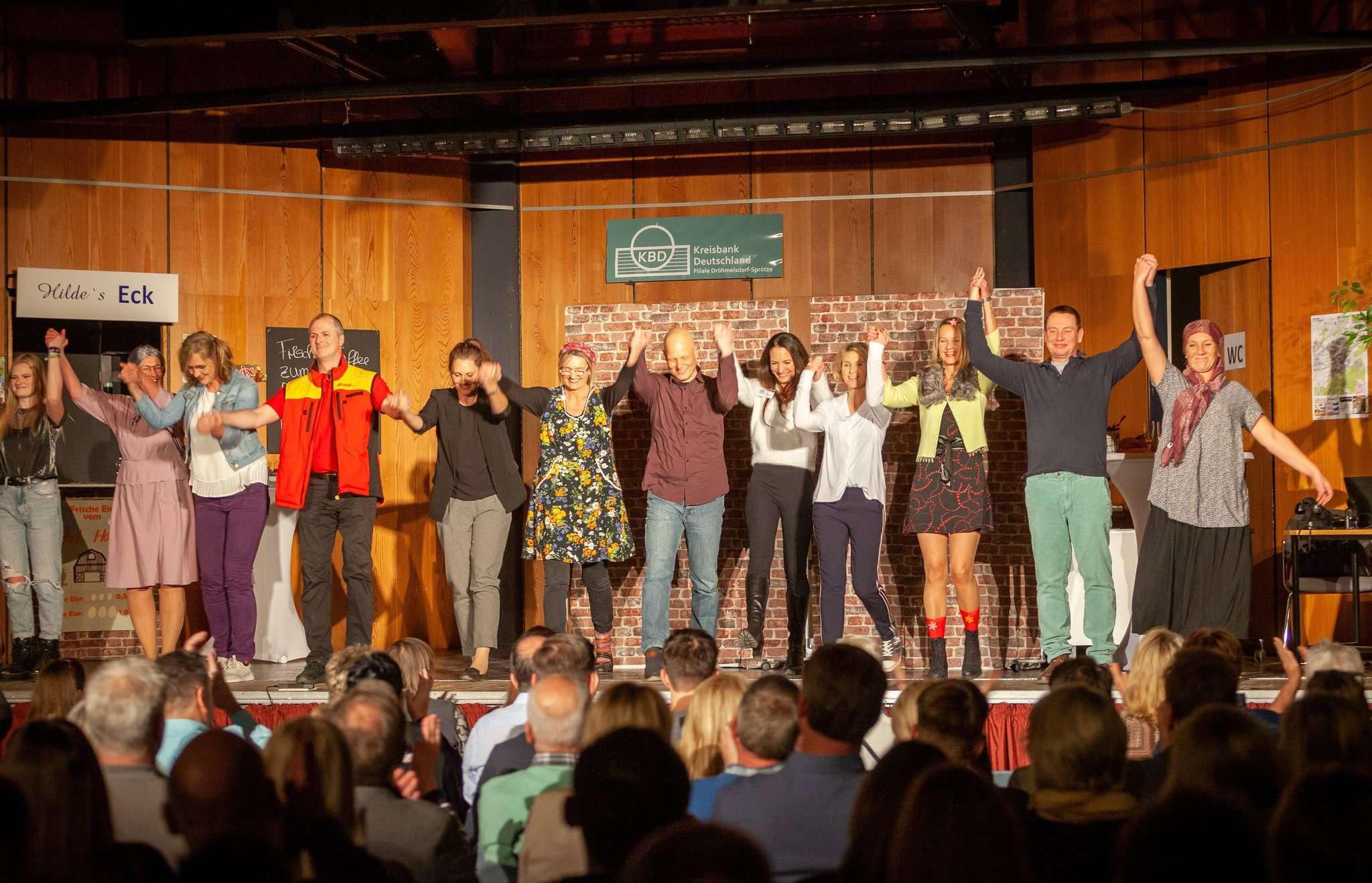 Die Theaterfroynde hatten das Oytener Publikum mit ihrem Stück