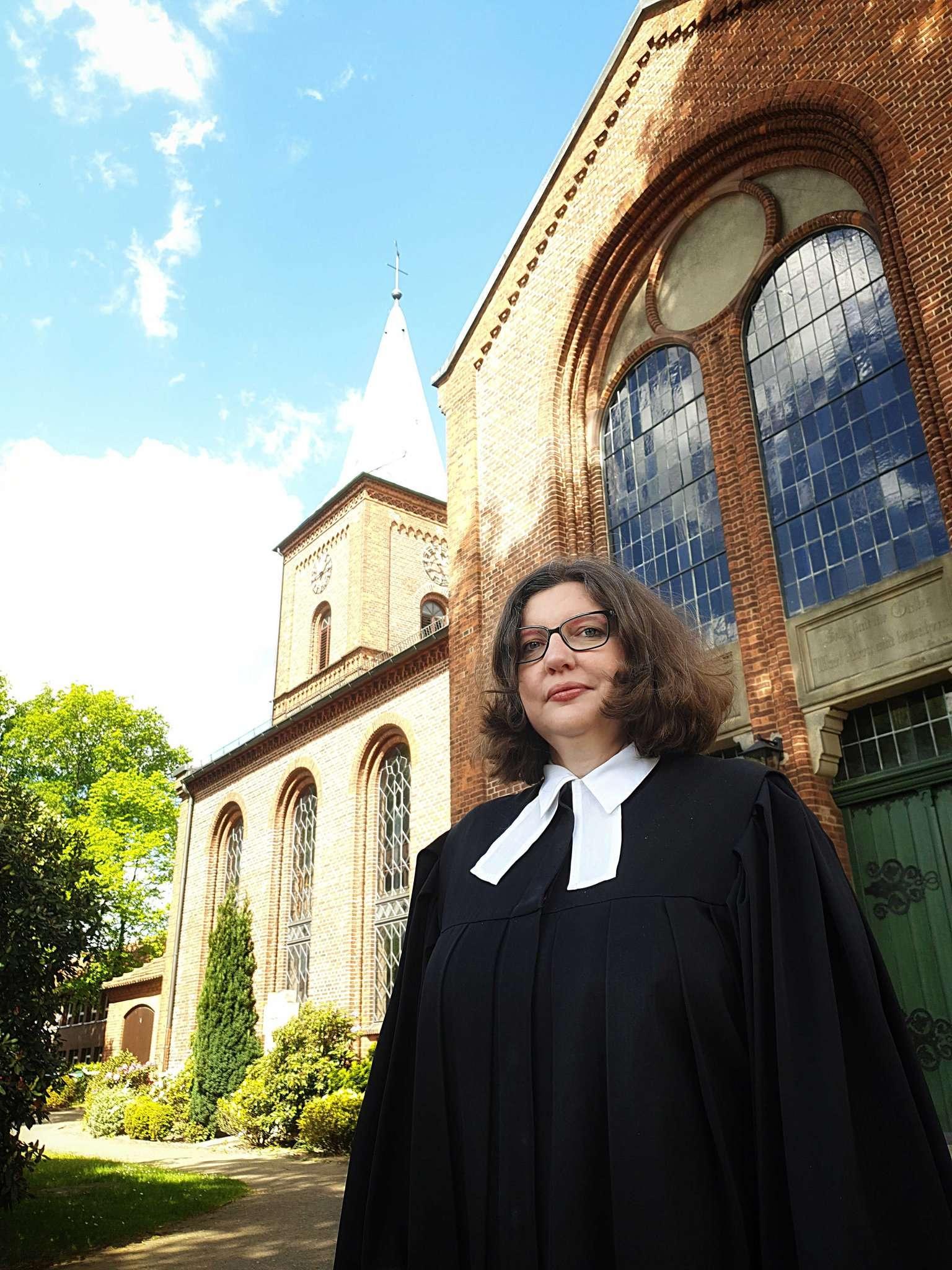Silke Oestermann, neue Pastorin der Kirchengemeinde Oyten. Foto: Tobias Woelki