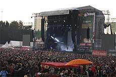 Weitere Stimmungs- und Bandfotos sind in zehn Bildergalerien unter www.rotenburg-rundschau.de und www.scheesseler-anzeiger.de zu finden