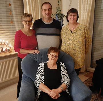 Wunschbox Geschwister wünschen sich ein Privatkonzert für ihre erkrankte Mutter  Von Dennis Bartz