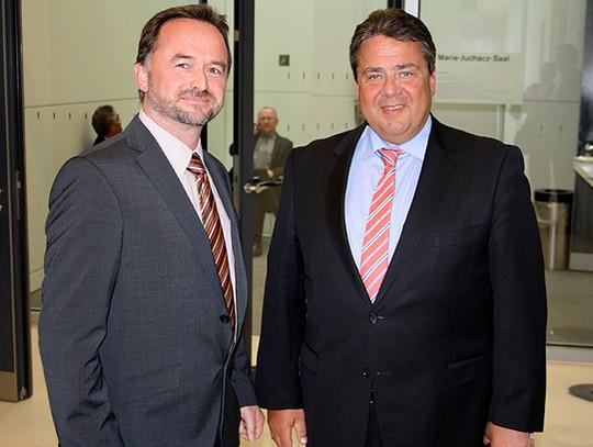 Dirk Eberle im Bundestag mit Vize-Kanzler Siegmar Gabriel