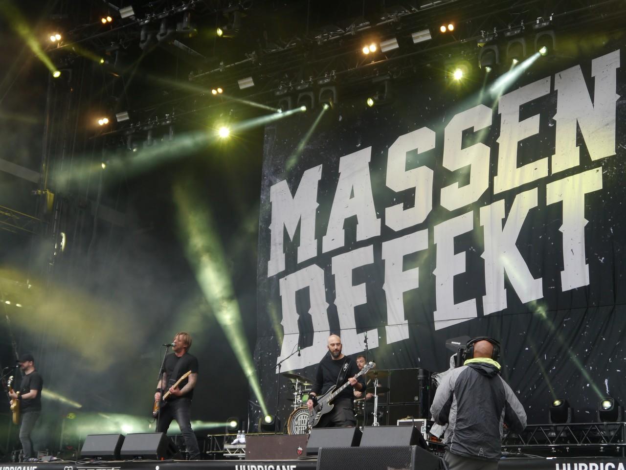 Die Band Massendefekt feierte ihr Hurricane-Debüt.