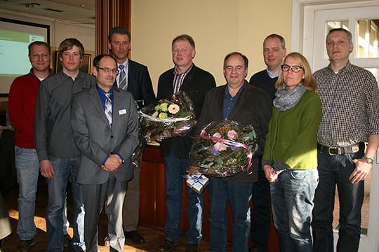 Die neuen und die alten Vorstandsmitglieder der Landberatung Rotenburg am Rande der Generalversammlung            Foto: Voigt