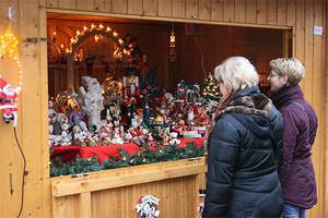 Weihnachtliches bei Glühwein und Punsch