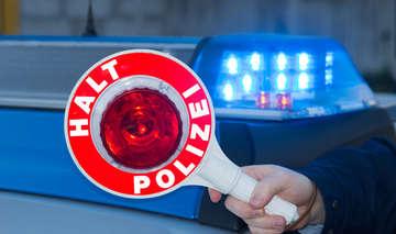 ROWFH 65 Polizei sucht nach Auto