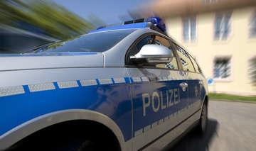 B75 Polizei geht vermeintlichem Wildunfall nach