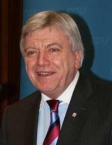 Der hessische Ministerpräsident Volker Bouffier hielt in Mulmshorn eine Wahlkampf-Rede        Foto: Voigt