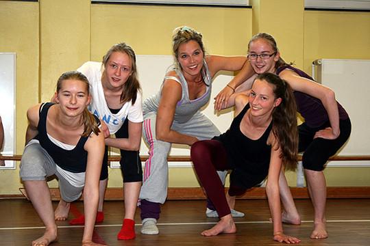 Lehrkraft Nina Brünner bringt internationale Tanzerfahrung in den Scheeßeler Verein Step-by-Step              Foto: Ricci