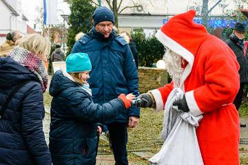 Scheeßeler Weihnachtsmarkt mit Schneeberg und Dampfmolly