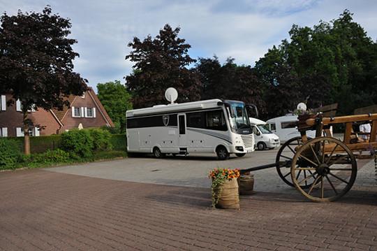 Die Stellplätze für Wohnmobile auf dem Parkplatz bei der Wassermühle sollen markiert werden             Foto: Meyer
