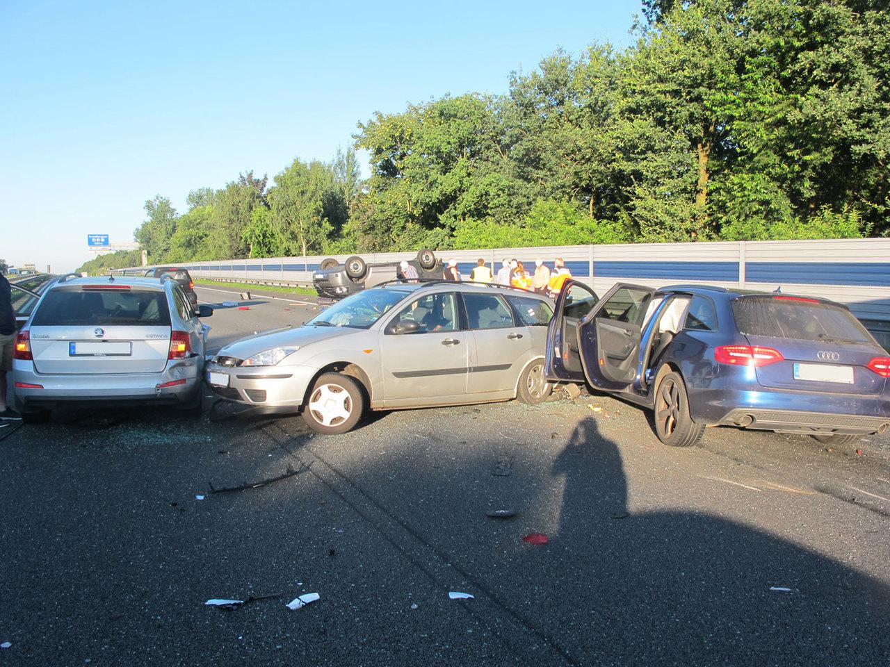 Die Unfallautos waren nach der Karambolage nicht mehr fahrbereit.