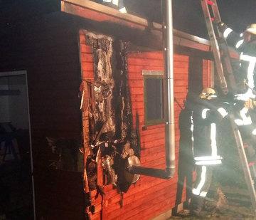 Reeßum Feuerwehreinsatz zu später Stunde