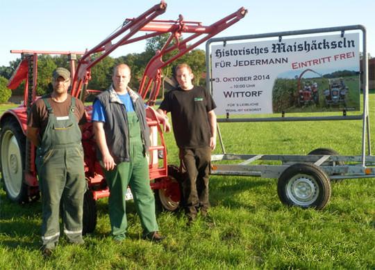 Die drei Initiatoren des historischen Maishäckselns freuen sich auf viele Besucher und Teilnehmer