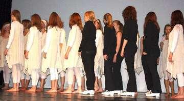 Moving Elements - Tanzperformance in Scheeßel