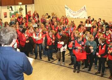 Erzieherinnen demonstrieren in Rotenburg